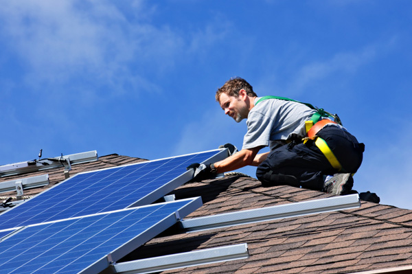 How to Install Solar Panels - Can you do it Alone? | Solar Facts